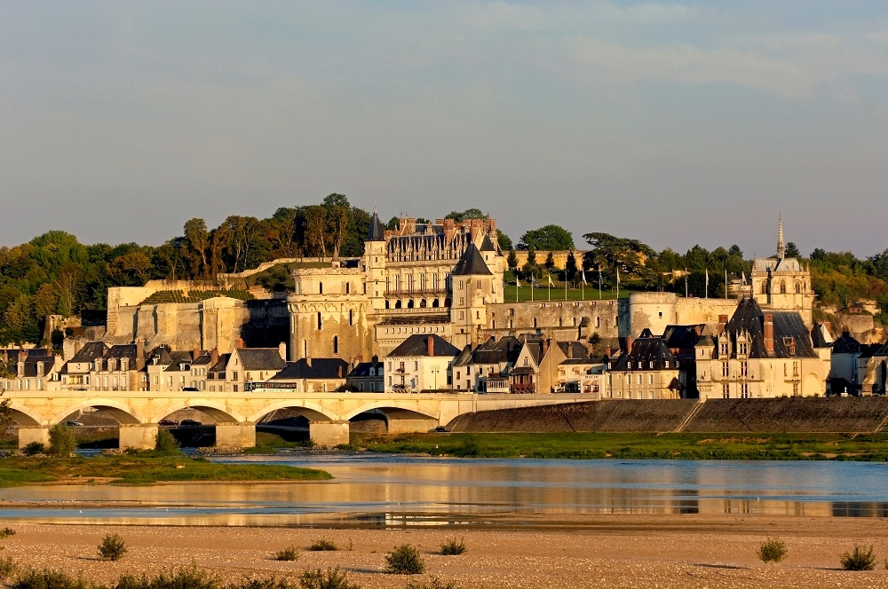 chateau-royal-d-amboise - https://lhistoiredusoir.com